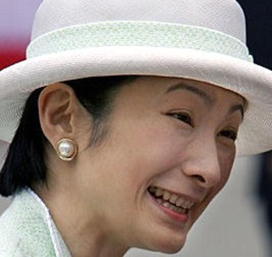 【皇室】眞子さま、国王一家と親しく交流=右手に指輪、ブータン訪問©2ch.netYouTube動画>23本 ->画像>729枚
