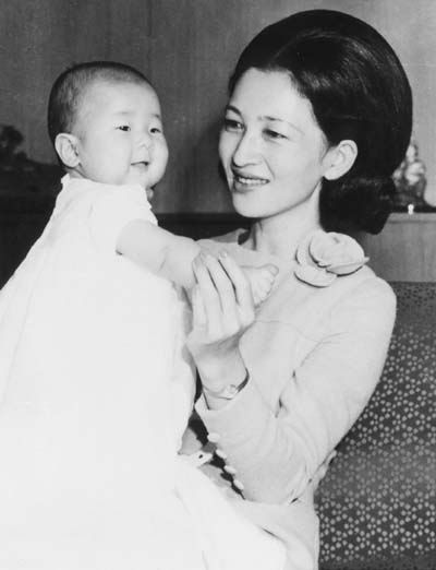 10th Wedding Anniversary Gifts   on Accordingly  Empress Michiko Once Said That Her Daughter Was Always A